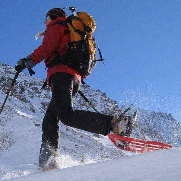 Randonnées en raquette pour votre séjour au ski tout compris à Serre Chevalier