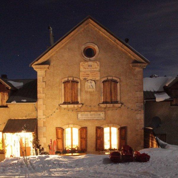 Soirée en refuge pour votre séjour au ski tout compris à Serre Chevalier